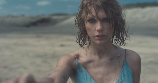 taylor-swift-out-of-the-woods-music-video-o2I